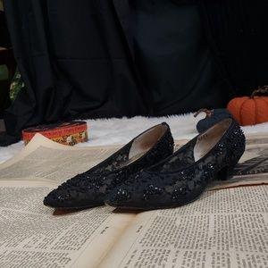 Adorable beaded black kitten heel shoes!